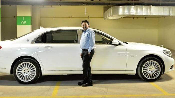 Sampai saat ini tercatat sudah ada 378 mobil yang dimiliki Babu. Mobil terbaru yang Babu beli adalah Mercedes-Maybach S600.