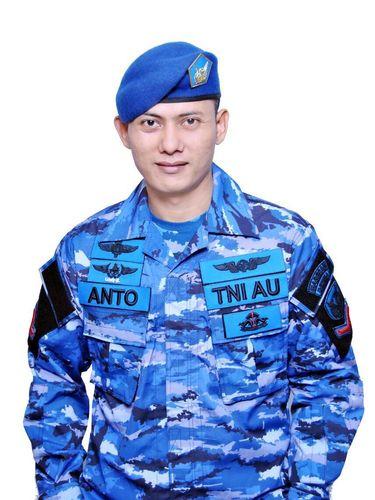 Viral, Anggota TNI AU Ganteng Bersuara Merdu Mirip Agus Yudhoyono