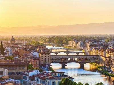 Italia Punya 5 Kota Romantis Buat Liburan Romantis