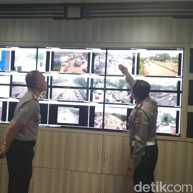 Baru Sehari Diterapkan, Polisi Tilang 20 Motor di Bandung