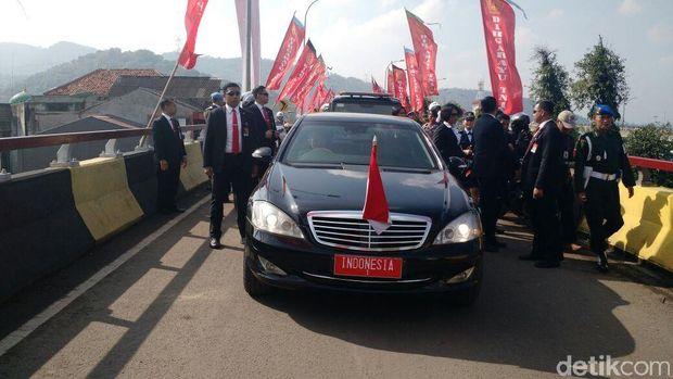 Mercedes-Benz S600 Guard Mobil kepresidenan