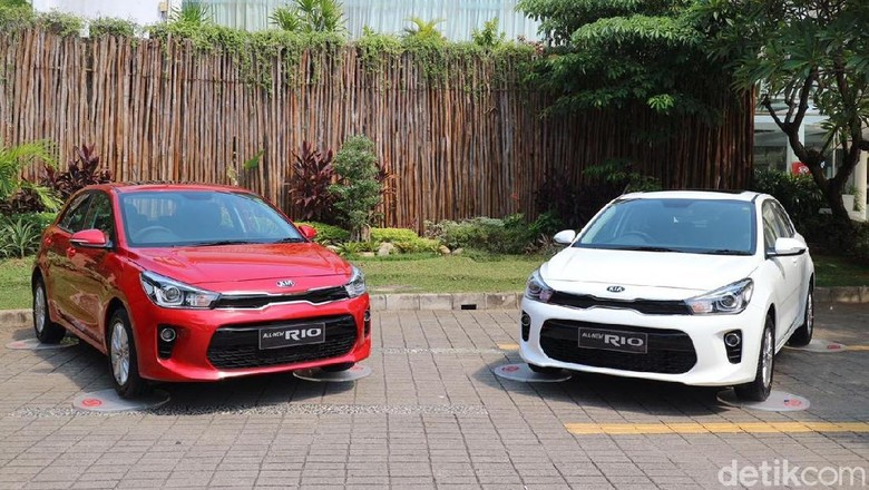 Kia Mobil Indonesia All New Rio, Kia Sportage, dan Kia Sedona Foto: Dina Rayanti