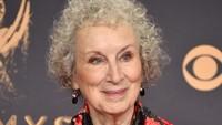 Margaret Atwood Terima Penghargaan di Frankfurt Book Fair 2017