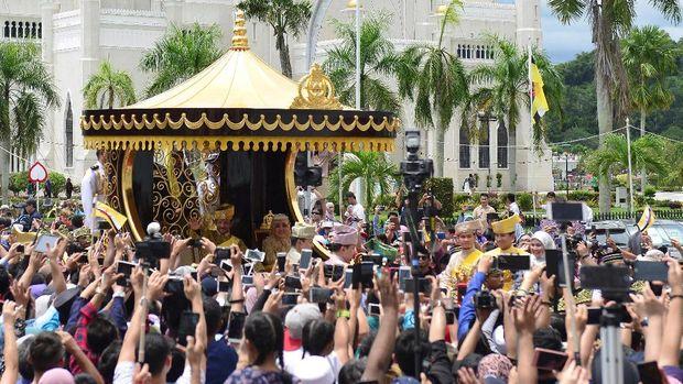 Arak-arakan keluarga Sultan Hassanal Bolkiah