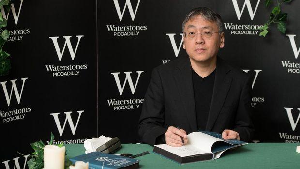 Kazuo Ishiguro di Tengah Hiruk Pikuk Nobel Sastra 2017