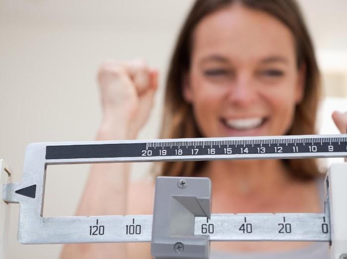 Meskipun dalam program diet, Anda tetap harus memperhatikan kebutuhan nutrisi. Foto: Thinkstock