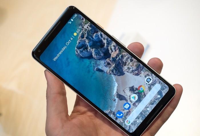 Google Pixel 2 XL. Foto: Ars Technica