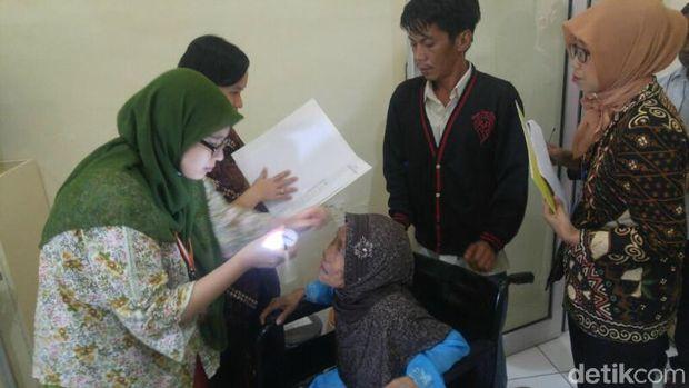 Operasi katarak gratis di RSUD Ambarawa, Kabupaten Semarang.