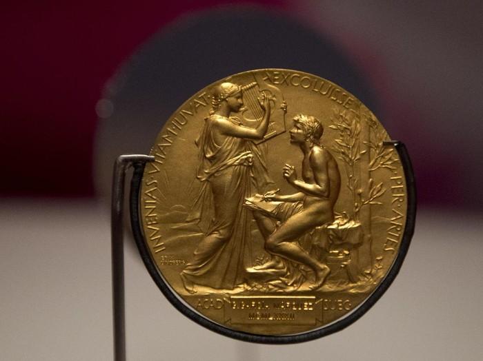 Nobel Sastra 2017