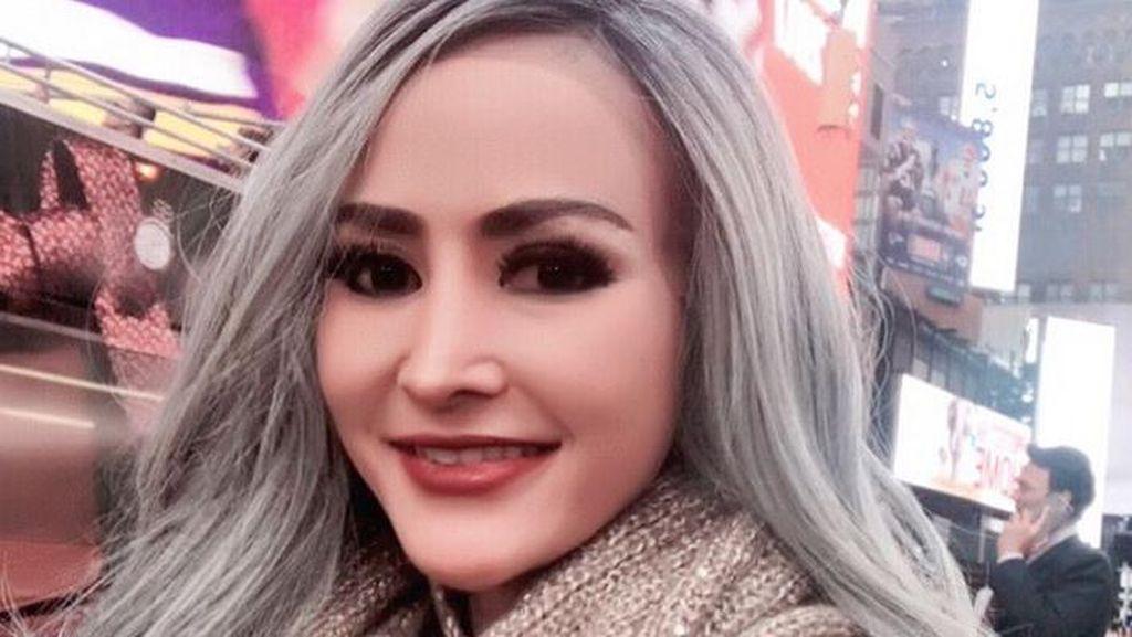 Dituding Implan Bokong, Cynthiara Alona Tantang Netizen Taruhan 100 Juta