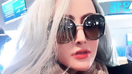 Sensasi Chyntiara Alona, Lepas Hijab, Menikah hingga Main Film Hollywood