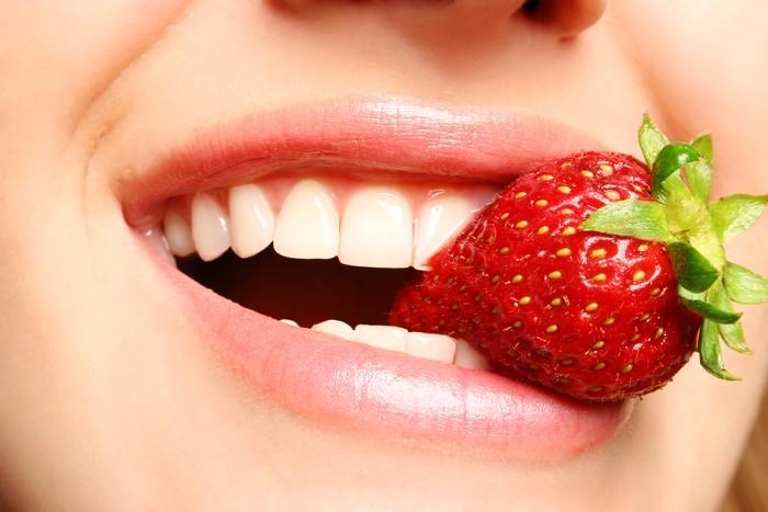 Ini Nih 9 Makanan yang Bikin Gigi Lebih Putih dan Sehat! 0d9fff3894