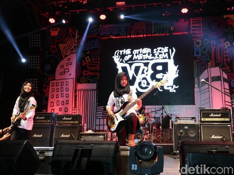 Kentut RUUP, Perlawanan Trio Hijaber Metal untuk RUU Permusikan
