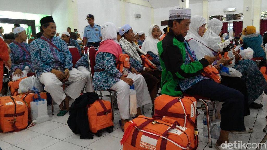 Kloter Terakhir Jemaah Haji Debarkasi Solo Telah Tiba di Indonesia
