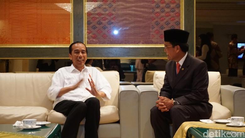 Jokowi Hadiri Undangan Perayaan 50 Tahun Bertakhta Sultan Brunei
