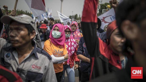Segelintir Potret Buruh Perempuan Indonesia (4-Embargo)