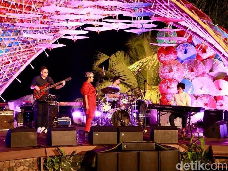 Semaraknya Ijen Summer Jazz di Kaki Gunung Ijen