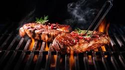 Dalam mengolah masakan, selain lezat perlu juga memperhatikan kualitasnya. Nah berikut ini adalah metode memasak yang bisa berdampak buruk bagi kesehatan Anda.