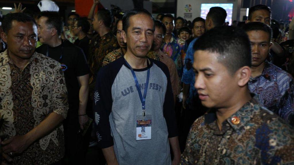 Jokowi Beli Kaos Merchandise Tur Eropa Burgerkill