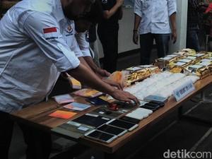 Pengedar Sabu 20 Kg Buka Toko Obat untuk Kelabui Polisi