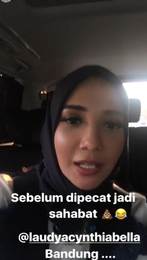 Takut Dipecat, Zaskia Sungkar Buru-buru Hadiri Resepsi Laudya Cynthia Bella