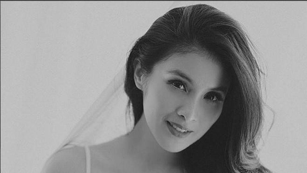 Kolaborasi dengan Brand Lokal, Sandra Dewi Jualan Tas Kulit