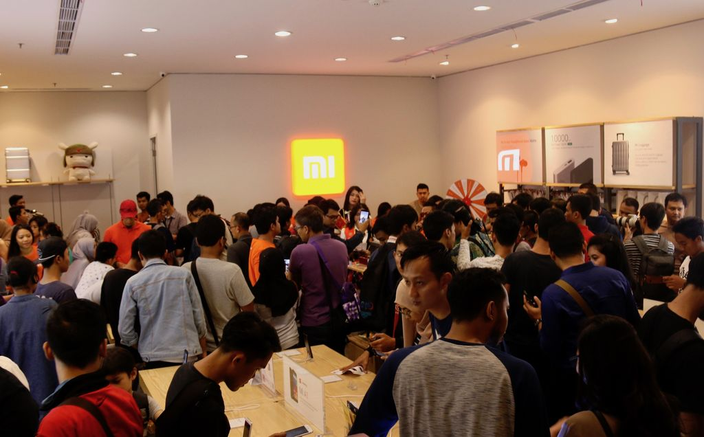 Authorized Mi Store adalah outlet resmi Xiaomi yang menawarkan layanan penjualan dan menghadirkan pengalaman belanja terbaik untuk membeli jajaran lengkap produk Xiaomi. Foto: Dok. Xiaomi
