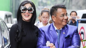 Alasan Syuting, Syahrini Mangkir di Sidang First Travel