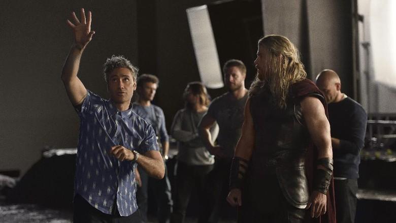 Lebih dari 2.000 Kostum Dibuat untuk Thor: Ragnarok
