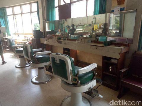 Barber Shop Shin Hua Jalan Kembang Jepun/