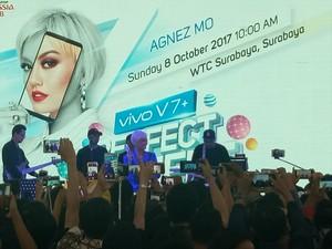 Vivo dan Agnez Mo Sukses Goyang Surabaya