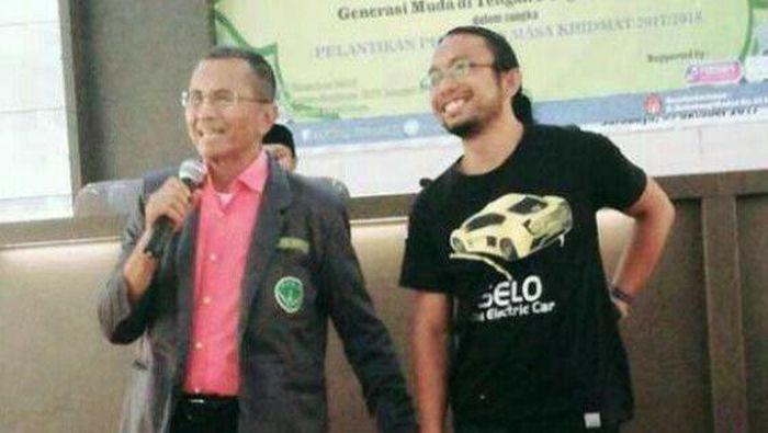 Dahlan Iskan bersama Ricky Elspon (Foto: Dok. Facebook Ricky Elson)