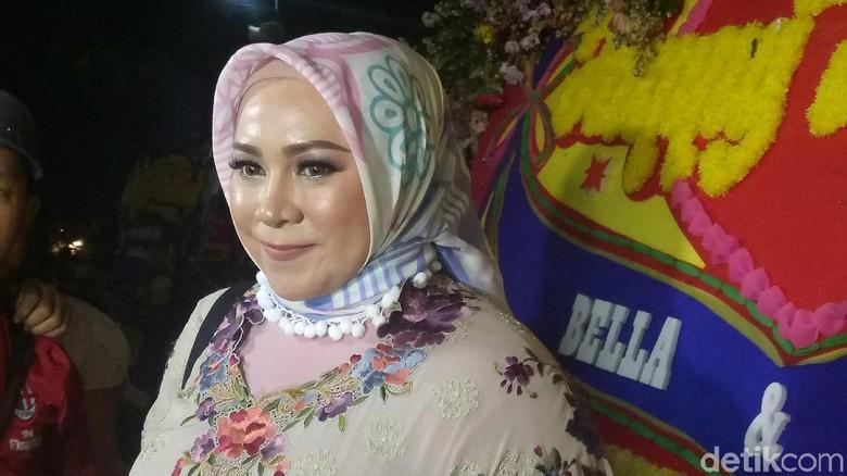 Bella Pindah ke Malaysia, Rasa Kangen Melly Goeslaw Terobati karena Bahagia