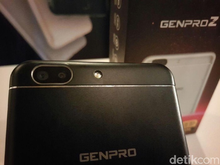 Ponsel Genpro. Foto: detikINET/Yudhianto
