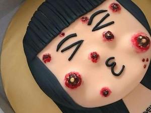 Unik! 6 Kue Ulang Tahun Ini Dibuat dari Nasi Lemak hingga Jerawat yang Bisa Dipencet