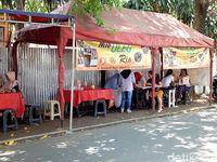 Mie Uleg Rio yang ada di Jalan Seulawah, Jakarta Timur.