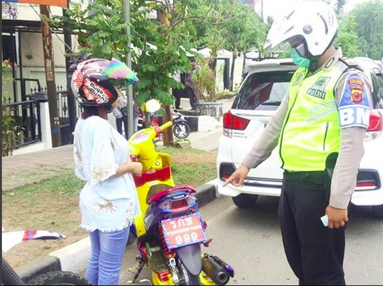 Pemotor dengan Plat Thailand Kembali Terciduk di Karawang (Foto: Instagram)