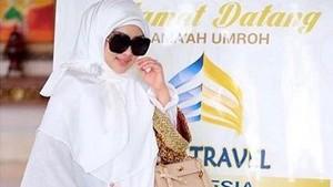 Syahrini Jadi Saksi Sidang Bos First Travel, Mau Hadir?