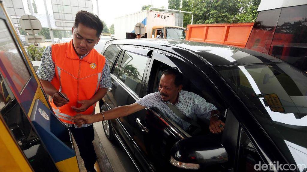 Transaksi Tol Secara Non Tunai Bawa Dampak Positif ke Pengendara