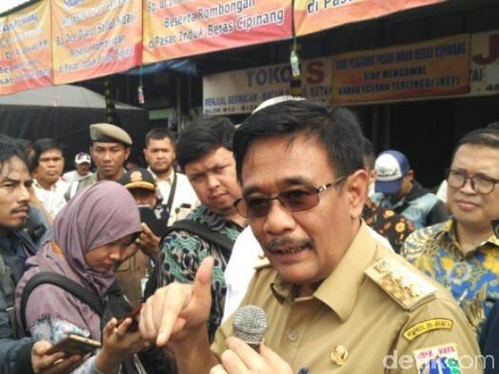 Foto: Gubernur DKI Djarot S Huidayat di Pasar Induk Cipinang, Jalan Pisangan Lama, Jakarta Timur (Fida-detikcom)
