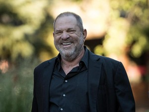 Predator Seks Produser Hollywood Dicekal ke Luar Negeri?