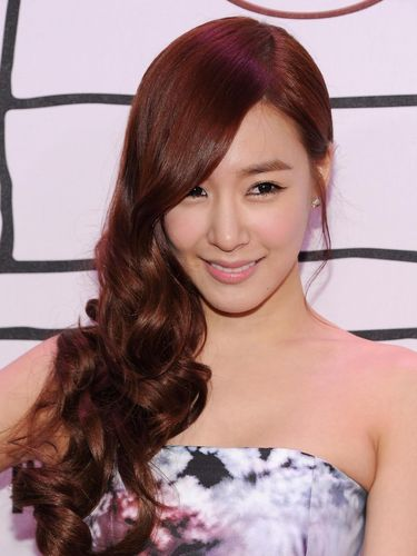 NEW YORK, NY - NOVEMBER 03:  Tiffany of Girls' Generation attends the YouTube Music Awards 2013 on November 3, 2013 in New York City.  (Photo by Dimitrios Kambouris/Getty Images)