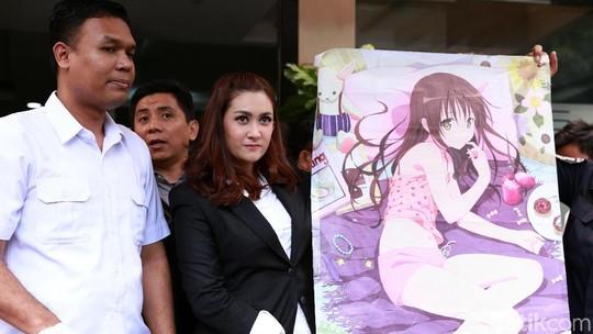 Pedofil Anaknya Ditangkap, Nafa Urbach Semringah