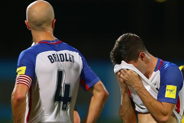 Meski tak lolos edisi Piala Dunia kali ini, nyatanya Amerika Serikat banyak dibicarakan dan berada di urutan ke-10 versi netizen Twitter. Foto: Ashley Allen/Getty Images