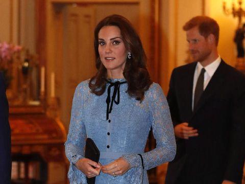 Wajah Terlalu Flawless & Glowy, Kate Middleton Diduga Botox