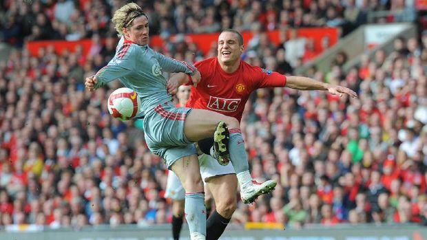 Nemanja Vidic merupakan pemain Man United di era kejayaan Ferguson.