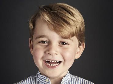Sedangkan foto ini dirilis saat ulang tahun ke-4 Pangeran George. (Foto: Getty Images)