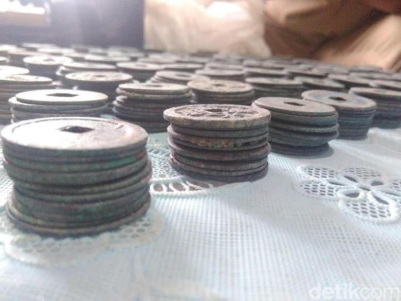 BPCB Ungkap Kejanggalan Penemuan Koin Berhuruf China di Blitar