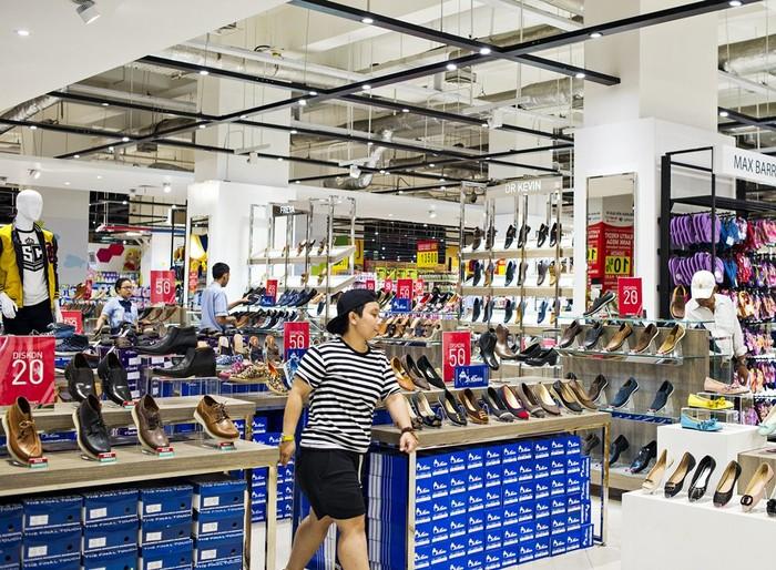 Foto  Tampil Modis dengan Promo Koleksi Sepatu dari Transmart 4666660f57
