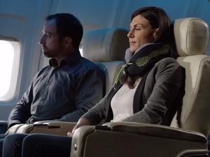 Halo Traveler! Ini Lho Cara Terbaik Tidur di Pesawat
